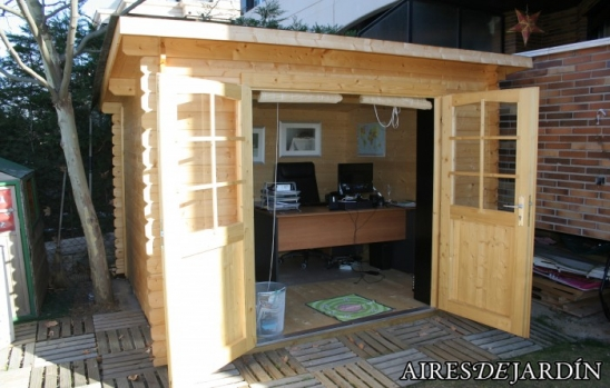 Resultado Instalación Caseta de madera  MARY por nuestro cliente Sr. Rafa de Majadahonda (MADRID)
