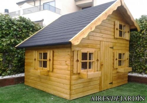 Resultado instalaci n caseta de madera infantil tom instalada por los propios clientes de zaragoza - Caseta infantil madera ...