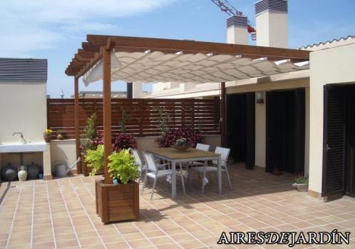 Escoger muebles de madera para exterior o terraza for Muebles para terraza en madera