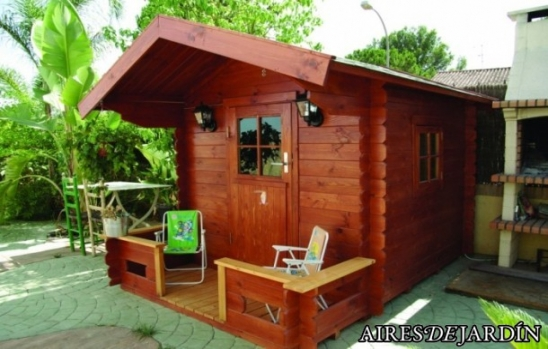 El mantenimiento de las casas de madera y jard n - Como hacer caseta de madera para jardin ...