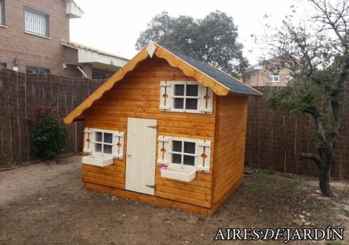 Resultado instalaci n casita de madera para ni os tom for Casita infantil jardin