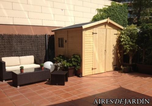 Resultado instalación cabaña de madera Claire 2 montada por los propios clientes en Barcelona