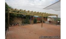foto exterior Pergola de madera autoportante modelo Sant Cugat de 295x295 cm.