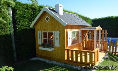 Resultado de la instalaci n de la casita de madera para for Casitas de aluminio para jardin