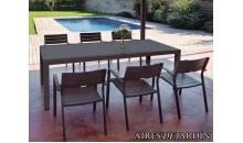 foto exterior Mesa extensible Artimes y sillón apilable Luis