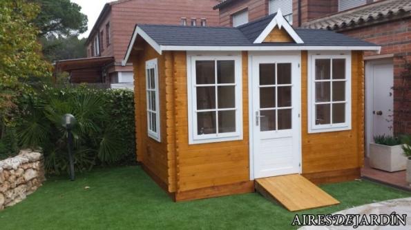 Caseta de madera nora instalada en matadepera barcelona - Caseta madera exterior ...