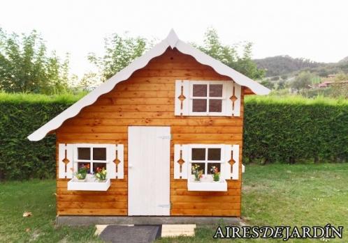 Casita de madera infantil tom este es el resultado de la instalaci n por nuestro cliente joan - Casita infantil madera ...